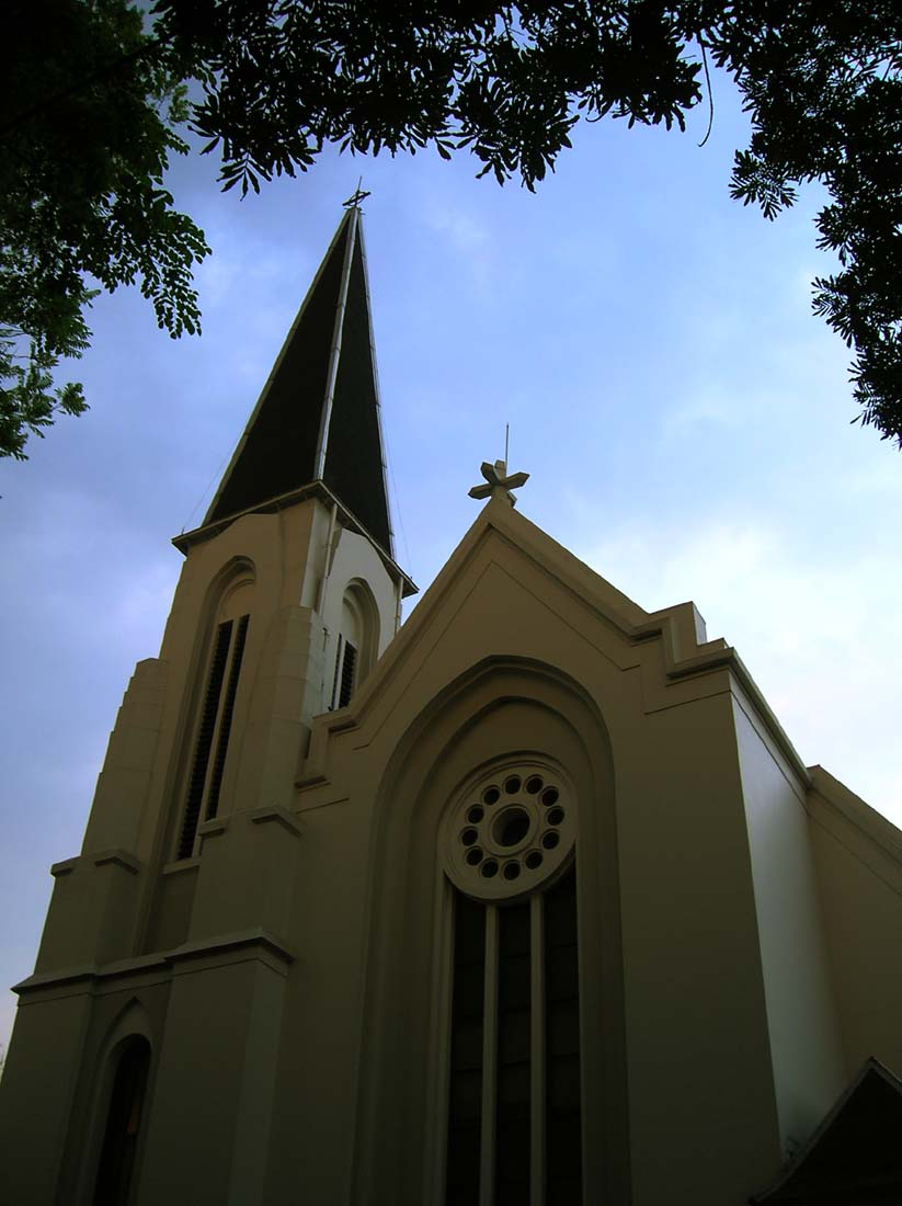 Daftar Paroki Gereja Katolik di Bandung